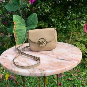 Micheal Kors tan cross body bag